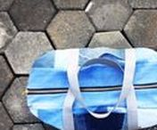 Geometrisches Design / Bridge&Tunnel Fashion and Interior. Das geometrische Design unserer Eco Fashion Produkte weitergedacht. Ob im Outfit, im Wohnzimmer oder in kleinen Gegenständen: geometrisches Design verleiht einen cleanen Look und überzeugt mit geradliniger Eleganz. Der Stil des Minimalismus und Urbanen in unseren Produkten aus upcycled clothing vereint. /. Bridge&Tunnel Fashion and Interior. Geometric Design in Fashion and Interior. Get inspiration on this board for nordic style or Scandinavian interior blue.