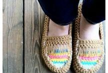 Crochet Shoes/Slippers / Looking for a cozy pair of crocheted shoes or slippers? You'll find shoes and slipper crochet patterns here - for adults, kids, and babies!