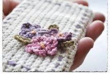 C R O C H E T♥ {bags} / bags, cases, baskets and other crochet containers to put stuff in