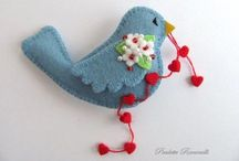 Felt Crafts I Love / by Laurie Myers