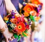 Wedding Flowers / Ideas for wedding floral arrangements, centerpieces, and bridal bouquets