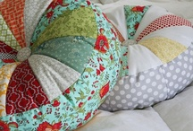 Sewing - Pillows to Make / by Adara Graham