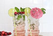 Drinks / Alcoholic drinks, drink recipes, cocktails, Moscow mule, martini, drink diy, drink ideas, bar cart ideas, bar cart, bar cart styling, bar accessories, drink stirrers, drink stirs