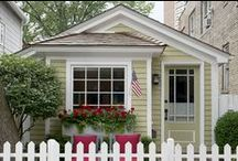 ♥ Tiny House Living / I fantasize endlessly about tiny house living.