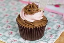 Cupcake Recipes / by Dulces Delicias Isabel
