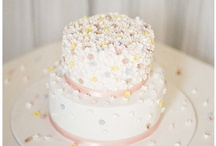 ♥ The Cake ♥ / by Beatrice Jao