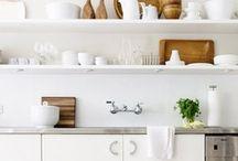 Kitchens / by Amparo Alcocer Marqués
