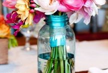 Flowers & Centerpieces  / by Maya GQ