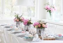 Tablescapes / Creating warm, inviting spaces and enriching moments with loved ones
