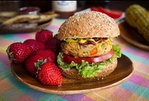 Yummy - Sandwiches, Burgers, Wraps / by Crystal Hahn