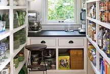 Pantry / https://fairmeadowplace.blogspot.com
