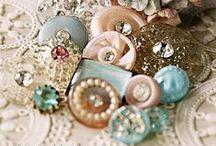 ❀...Buttons & threads / by Jen Luff
