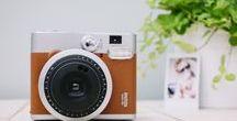 Polaroid Belevenis / Ben jij op zoek naar een Polaroid camera? Via Fotobelevenis.nl verhuren we verschillende soorten Fujifilm Instax camera's. Op dit bord verzamelen we al ons inspirerende ideetjes.