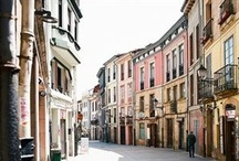 Historic cities to study Spanish in Spain / Spain, a ideal destination to study Spanish in a cultural and historical place. Students can choose universities and Spanish schools learning languages and enjoying the medieval and ancient environment in a lively atmosphere.