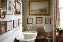 Maison ~ la salle de bain / Bathrooms / by Elizabeth Atwood