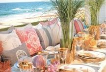 Beautiful Tablescapes & Centerpieces / by Elizabeth Atwood