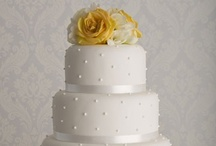 Cakes and Cupcakes  / by Lupi Casler