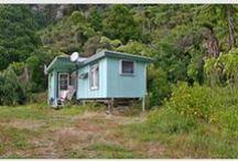 bach / humble seaside holiday homes