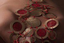 Jewelry / Contemporary Jewelry in AJÍ, Diseño Imprescindible