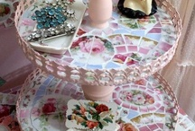 Cake stands and more fun  / by Jonna McCarthy