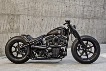Motorcycles / by James Traver