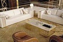 furniture in Japan ユーロ・カーサ / ユーロ・カーサに並ぶ家具も、一目見てその魅力や価値を強く感じて頂けるはずです。素晴らしいデザインや上質な素材はもちろんですが、各ブランドが長い歴史の中で積み上げてきた伝統や、職人が丹念に作り上げるクラフトマンシップが商品の随所から溢れ出ています。その魅力に思わず溜め息が出てしまう、そんな体験をお客様に味わって頂けるよう、素敵な商品をたくさん展示しています。是非お店にきて、確かめてください。