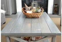 Farmhouse Style Kitchens / Inspiration for farmhouse style kitchens, vintage decor, and easy DIY farmhouse projects.