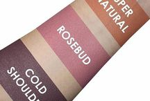 Swatch This / Makeup beauty swatches