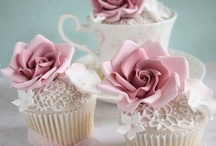 Cupcakes / by Sally Daniels