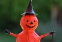 Offerings from HAB / Original art and handmade offerings from the members of Halloween Artist Bazaar.