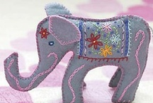 Project: Jungle Playset / DIY felt & fabric animals from tropical rain forests (jungles).
