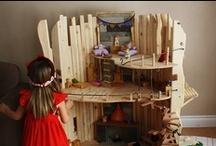 Play: Small World / Small world & dollhouse play.