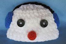 Crochet Hats & Hoods / by Marcia Scarpelli