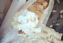 Wedding flowers / flowers / by Laura Martinez