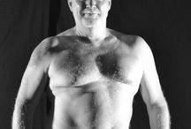 Pose Naked