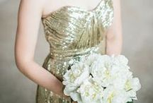 2014 Trend: Metallic Color Schemes / From dresses to stationary, linens to cakes, expect to see a lot of gold and silver this year. Don't be afraid to mix your metals. Silver and gold look great together