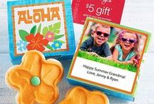 Personalized Gifts / Personalize your hangtag or cookie card. Add your own personal message, a favorite photo, or both!