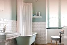 Mid-Century Bathroom / Mid-Century Modern Bathroom Inspiration