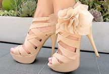 Girl Meets Shoe / Shoes