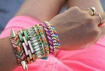 jewelery / by Valérie Savard