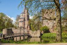 // Kasteel Duurstede / Kasteel Duurstede is één van de oudste en mooiste kastelen van Nederland. Het ligt op een sprookjesachtig kasteeleiland en is omringd door een park. Eén van de top trouwlocaties van Nederland!