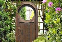 Garden Gates / by Penny Thompson