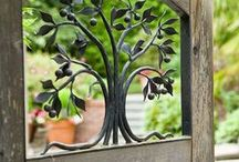 Garden / Outdoor spaces and gardening ideas we like!