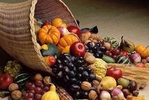 Feirinha da Saúde (Frutas, Frutos, Pseudofrutos, Legumes, Grãos, Folhagens, etc.)... / by Izabel Cristina