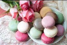 Macarons... / by Izabel Cristina