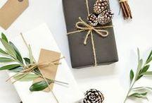 Christmas Gift Wrapping Ideas / Christmas gift wrapping ideas. Creative gift wrapping. Unique gift wrapping. Kraft paper gift wrapping.