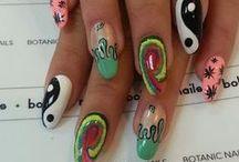 nails. / by kyra