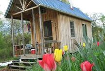 TINY HOUSES / Building a tiny house, tiny house plans, and ideas for living in a Tiny Home.