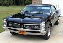 Cars Pontiac / by Mr. Gumby