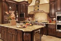 Kitchens / by Angie Byerly